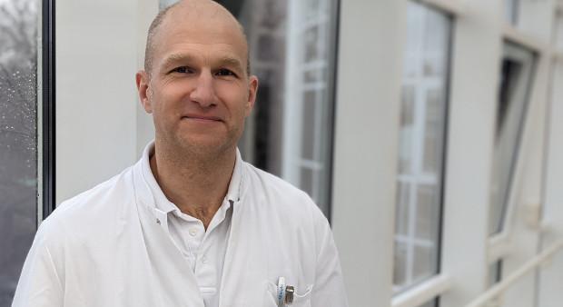 Dr. Henning Schmidt-Seithe